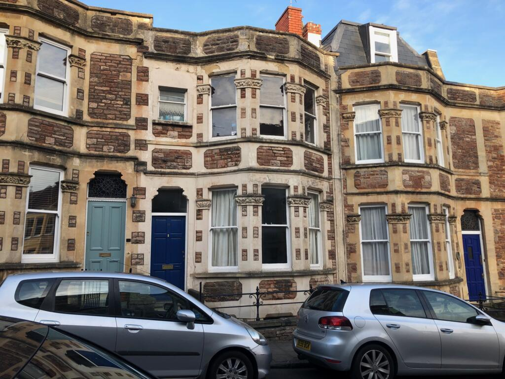 4 bed – Clifton